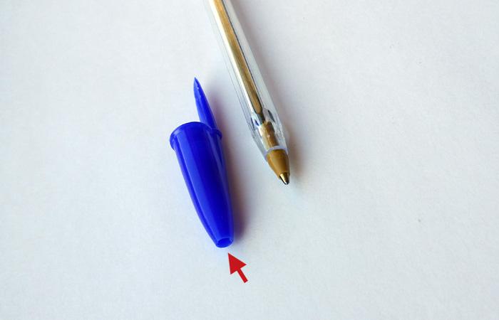 Колпачок - важная деталь шариковой ручки.