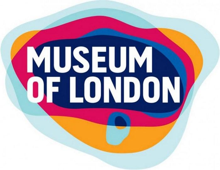 Музей Лондона - история города в одном логотипе.