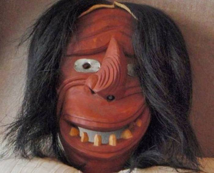 Ритуальная маска ирокезов.
