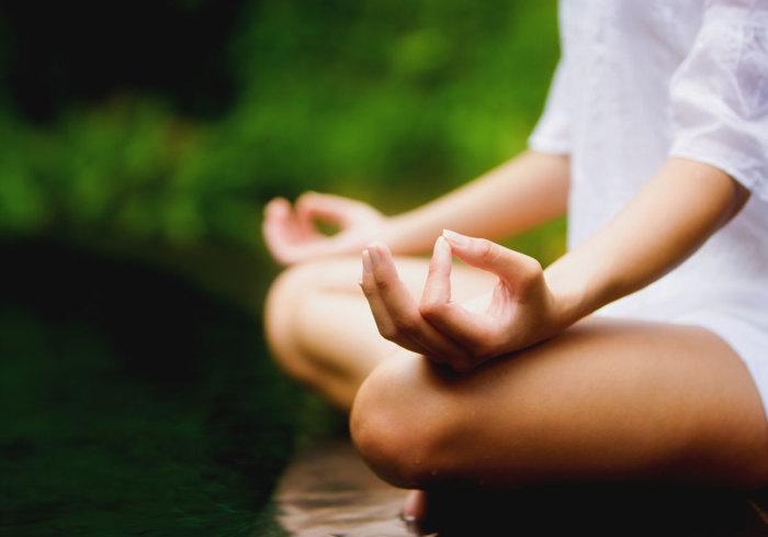 Медитация - прекрасный способ привести в порядок ум и тело.