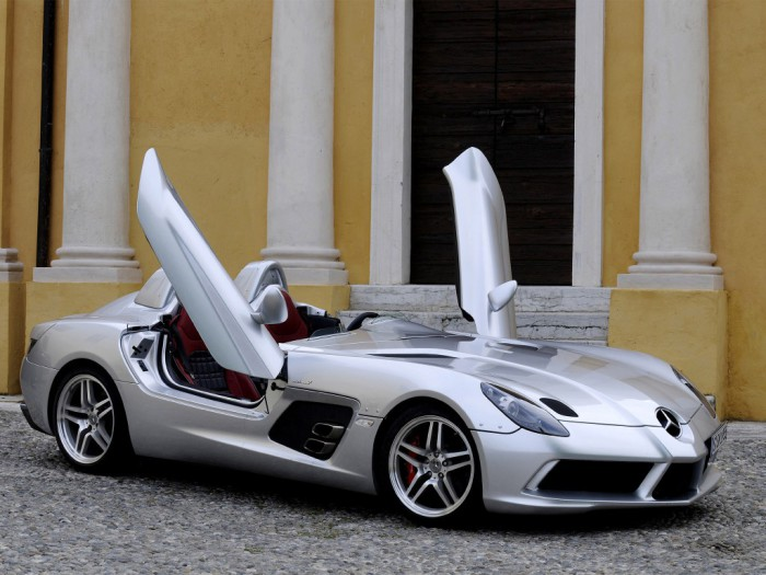 Mercedes-Benz SLR McLaren Stirling Moss edition.