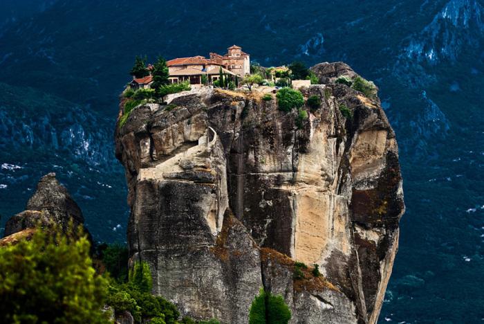 Греческая Метеора и другие удивительные места в Европе.