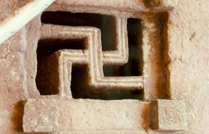 От индуизма до фашизма.