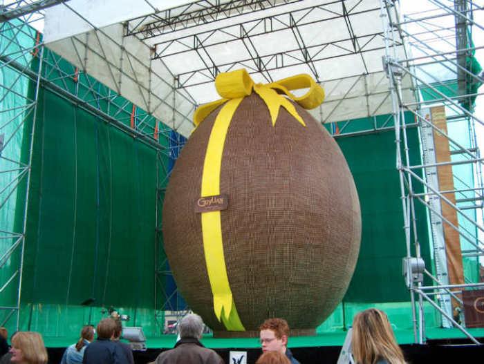 Самое тяжёлое пасхальное яйцо.