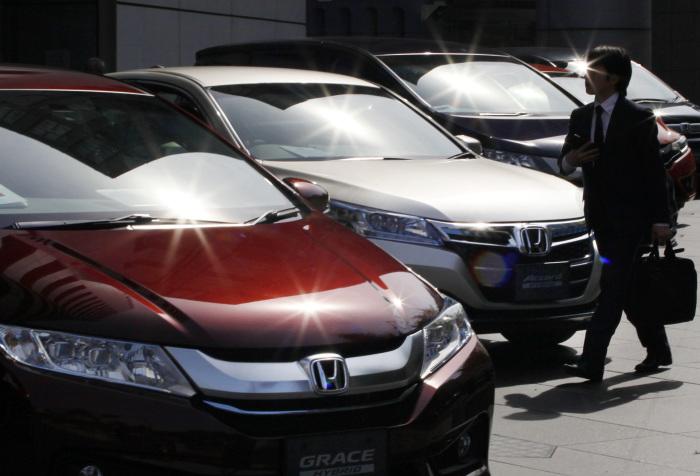 Мыть ли новый автомобиль?