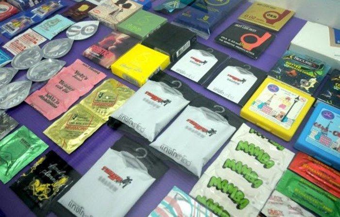 Презервативы на любой вкус и цвет.