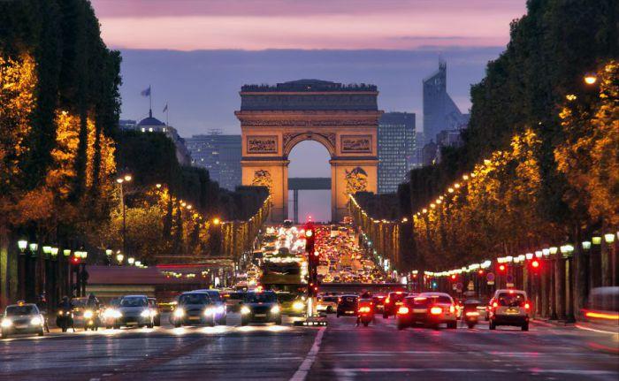 Париж - лидер в области технического прогресса.