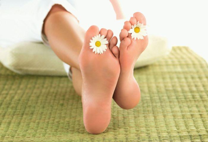 И всегда красивые ножки!