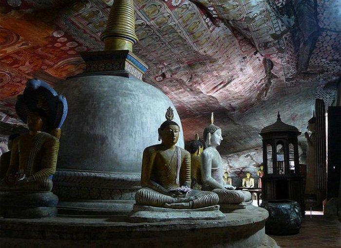 Таинственные пещерные храмы в разных уголках мира.