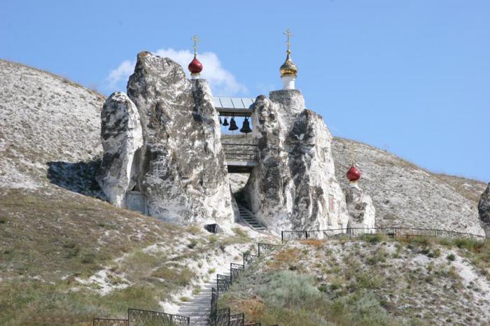 Спасский пещерный храм в Воронежской области.