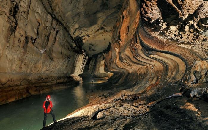 Пещера Эр Ван Донг.