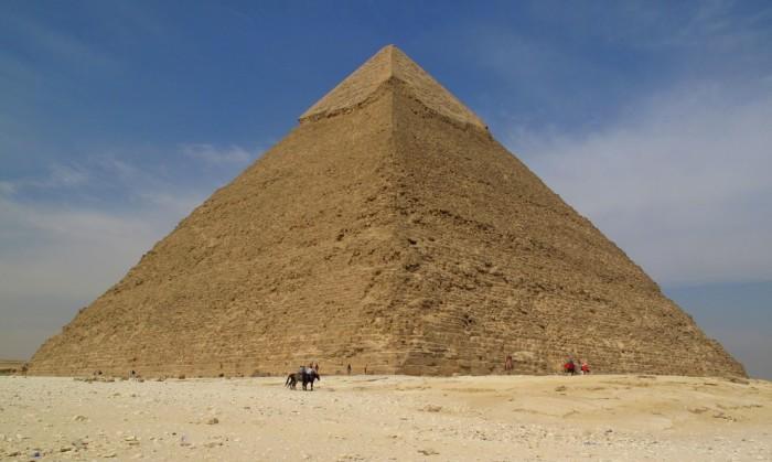 Великая пирамида в Гизе.