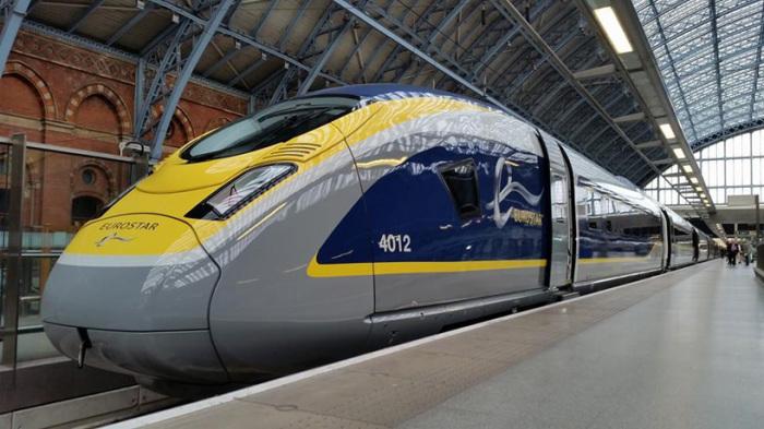 Скоростной поезд Eurostar e320.