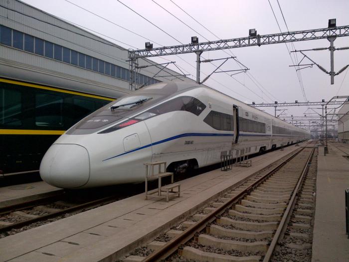 Zefiro 380: рабочая скорость 380 км/ч.