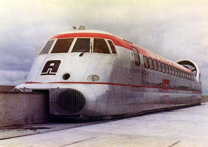 Aerotrain I80 - ретро скоростной поезд.