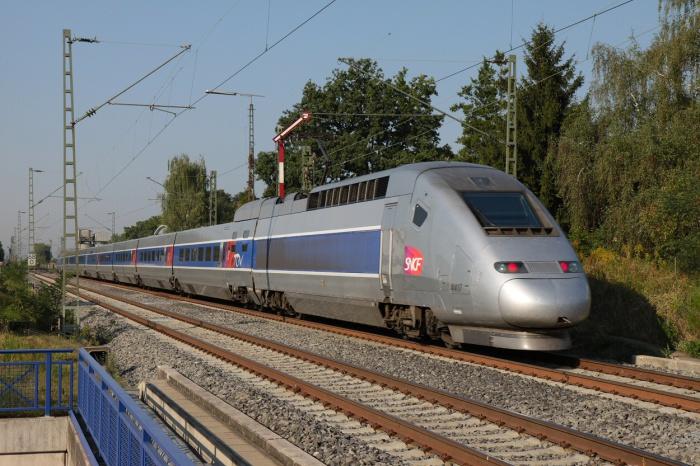 Модифицированный TGV POS: 575 км/ч.