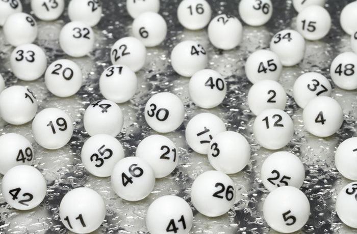 Выигрыш в лотерее лишает радости жизни.