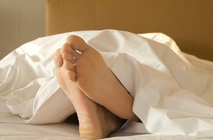 Подергивание во время засыпания.