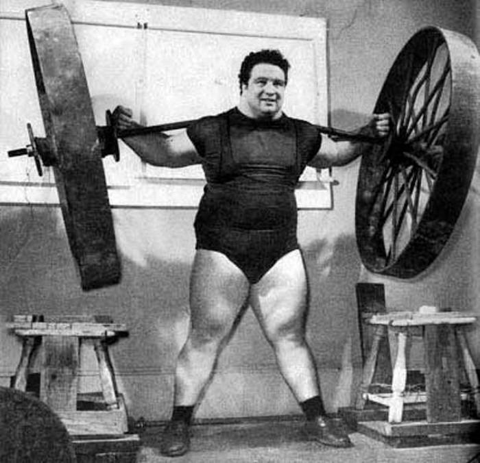 Наибольший вес, поднятый человеком.