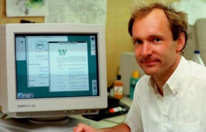 Тим Бернерс-Ли.