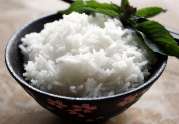 Рис, приготовленный в кофеварке.