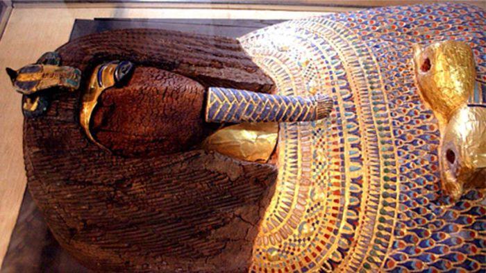 Самый загадочный саркофаг из Долины царей.