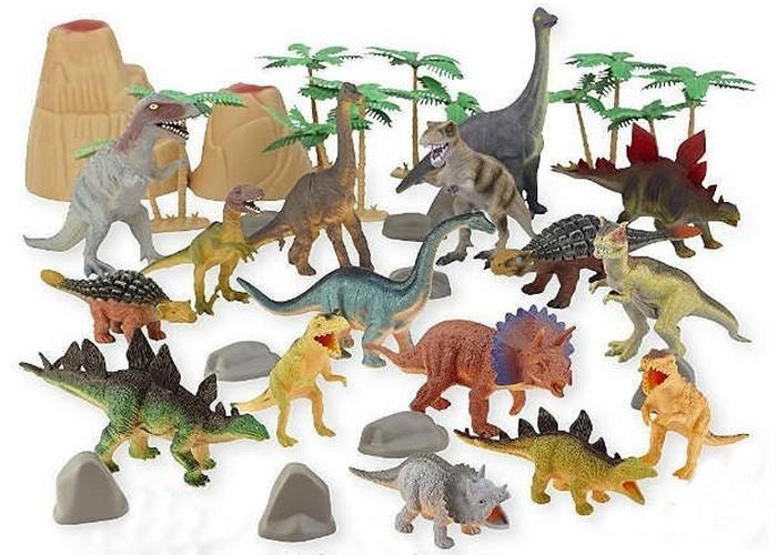 Простая игрушка: большой набор динозавров.