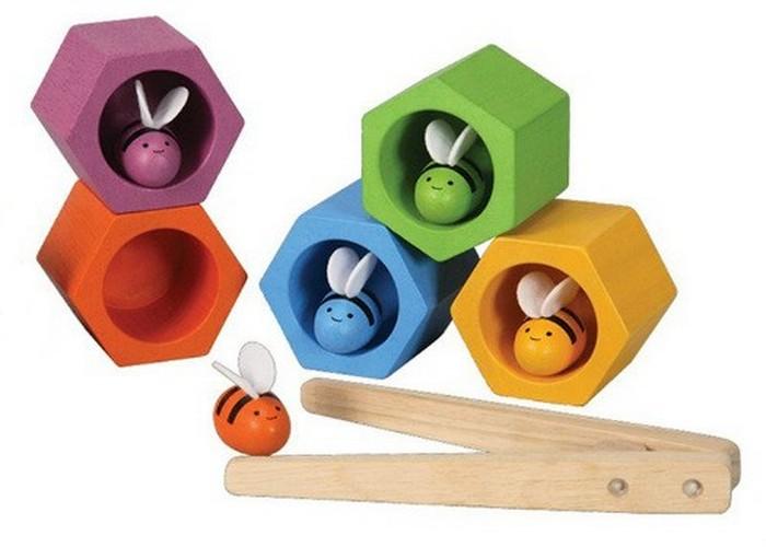 Простая игрушка: пчелиный улей.