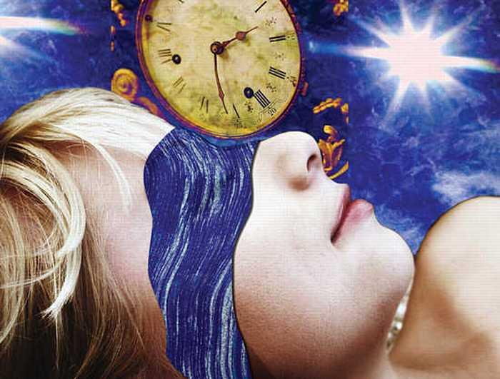 Сон голышом продляет молодость.