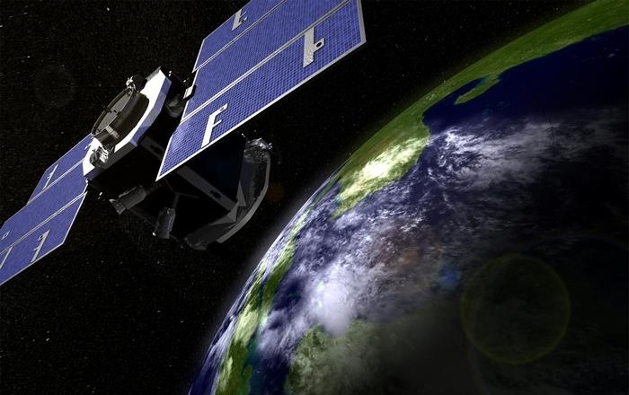 Спутникам на орбите угрожает космический мусор и не только.