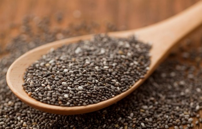 Семена чиа: в 6 раз больше кальция, чем в молоке.