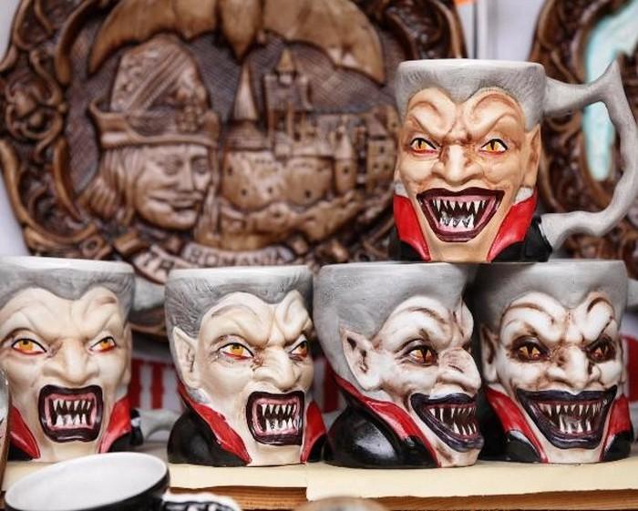 Чашка с Дракулой.