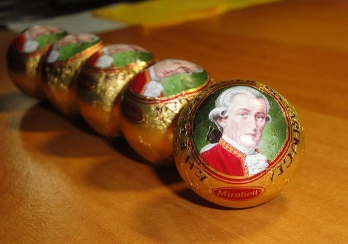 Моцарткугель.