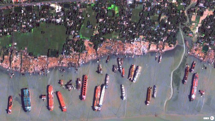 Порт Нуадибу. Фото со спутника.