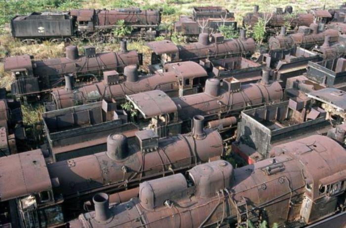 Кладбище поездов.
