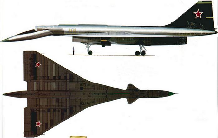 Советский стратегический высотный бомбардировщик Сухой Т-4.