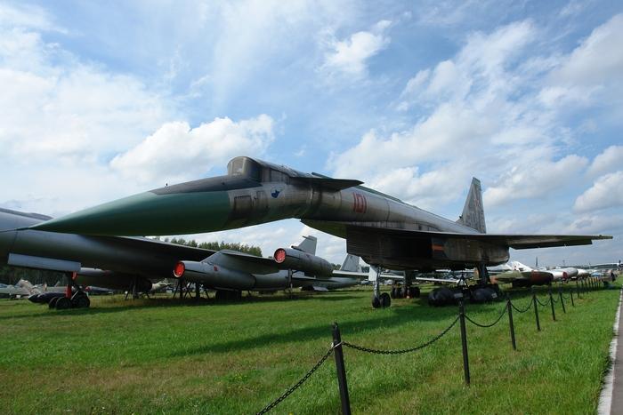 T-4 в музее ВВС в Монино.