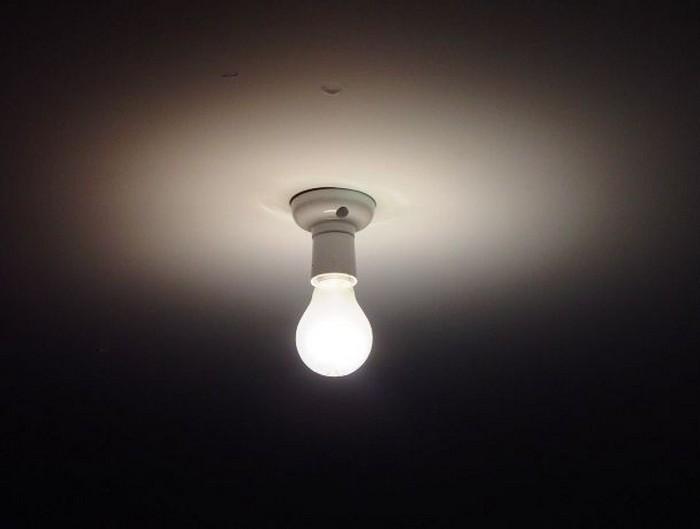 Штраф за перегоревшую лампочку.