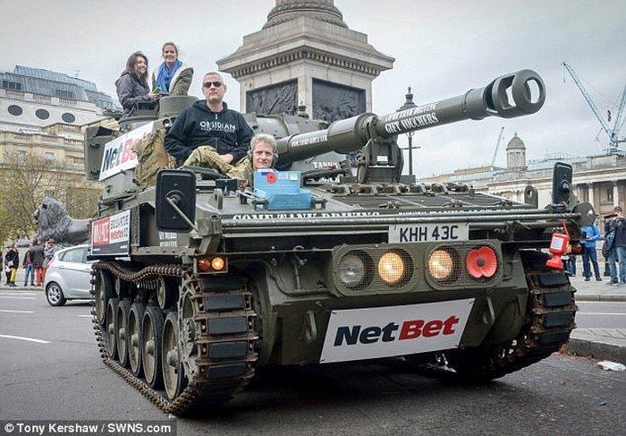 Продать самоходку и грузовик, чтобы купить танк.