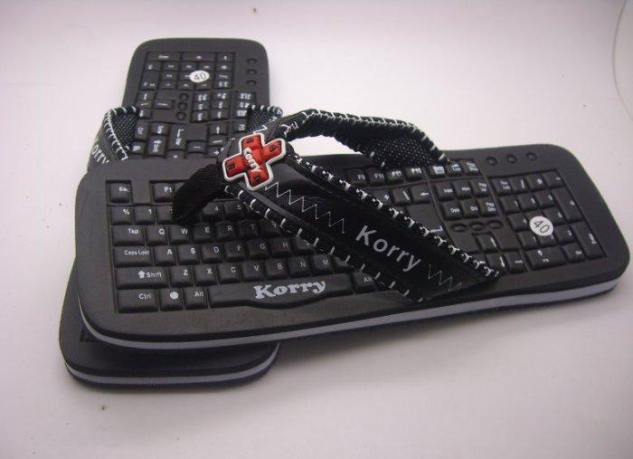 Тапки-клавиатура.