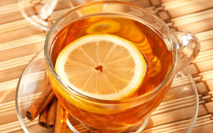 Чай с лимоном - русский чай.