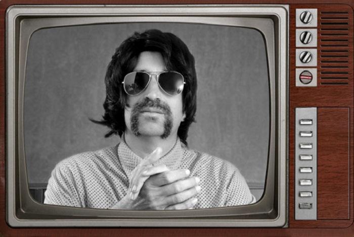 Старые телевизоры и черно-белые сны.