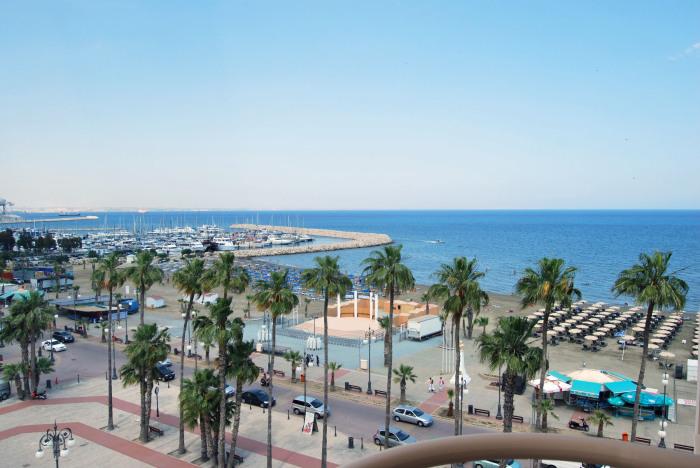Ларнака - третий по величине кипрский курорт.
