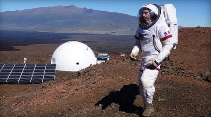 Путешественникам на Марс грозит безумие?