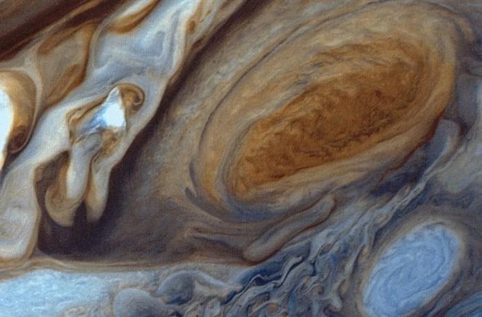 Большое Красное Пятно на Юпитере.