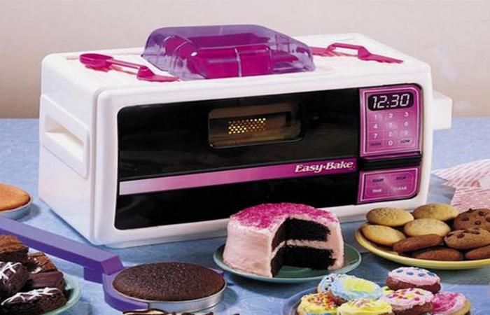 Печь для выпечки Easy-Bake Ultimate Oven.