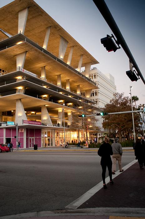 Многофункциональный комплекс на 111 Линкольн Роуд во Флориде