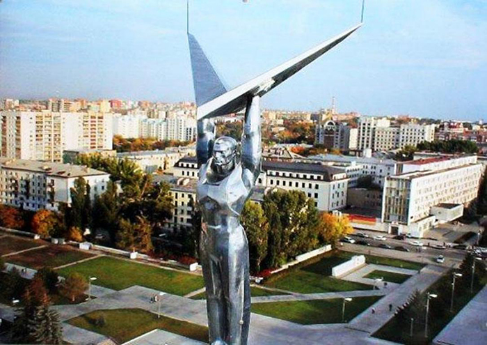 Монумент Славы и вид на город
