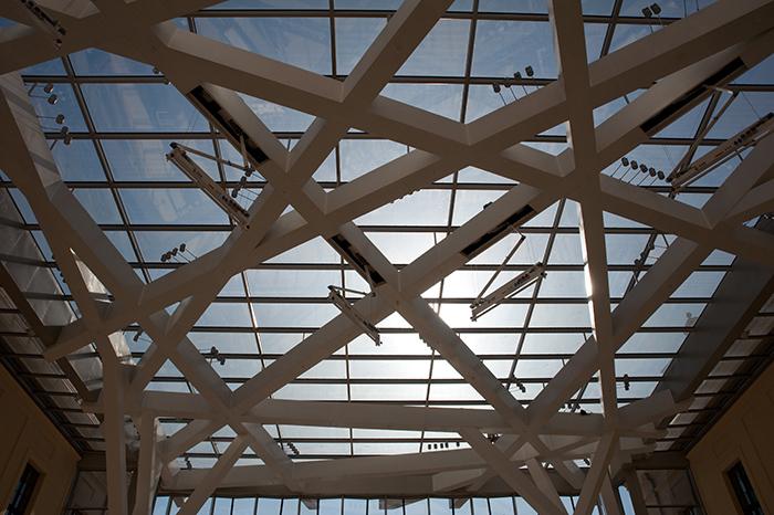 'Стеклянный двор' Еврейского музея в Берлине: фрагмент крыши