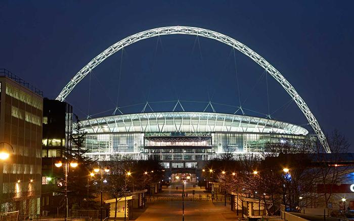 Новый стадион «Уэмбли» в Лондоне: ночной кадр